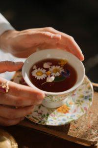 Les grands avantages pour la santé de boire du thé
